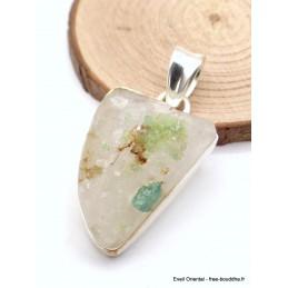 Pendentif Emeraude triangle sur quartz brut Pendentifs pierres naturelles CZ86.1