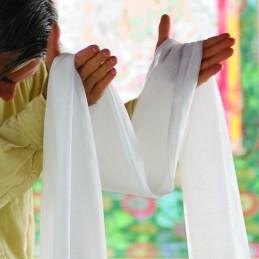 Lot de 10 khatas tibétains jaunes ou blanc Objets rituels bouddhistes khatalot