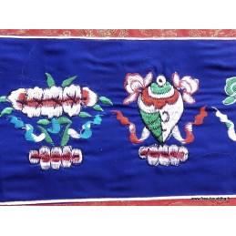 Tenture tibétaine dessus de porte bleu brodé TSA3