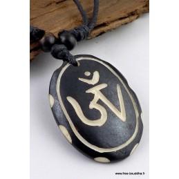 Collier tibétain oval orné du Om Bijoux tibetains bouddhistes  WN3.8