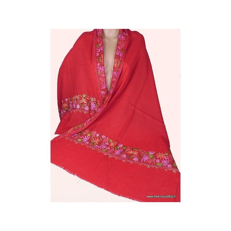Châle rouge en laine brodée motifs fleurs et perles CBP11