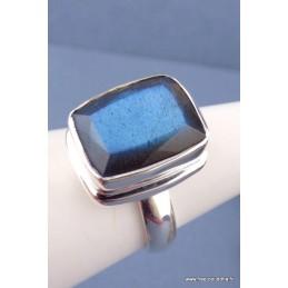 Bague Labradorite bleue facettée rectangulaire T 56 Bijoux en Labradorite TUV57.2