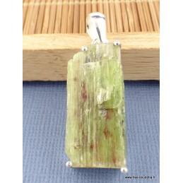 Pendentif Cyanite verte brute sertie griffes Pendentifs pierres naturelles PAC13