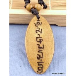Collier tibétain mantra de Chenrezi sculpté Bijoux tibetains bouddhistes  WN25.1