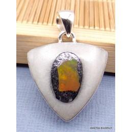 Pendentif Opale Ethiopienne Orange sur Quartz blanc Pendentifs pierres naturelles XV92