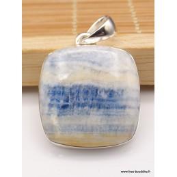 Pendentif carré en Scheelite bleue Pendentifs pierres naturelles XV134.1